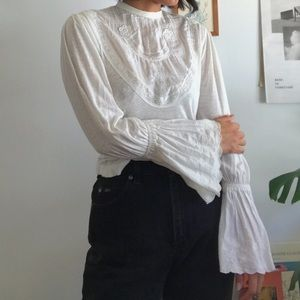 Free People White pirate Blouse Flare sleeves
